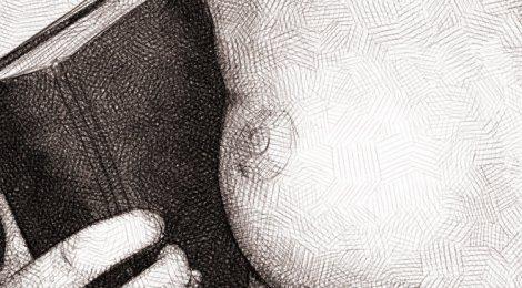 dessin numérique au crayon, un sein et un gros livre